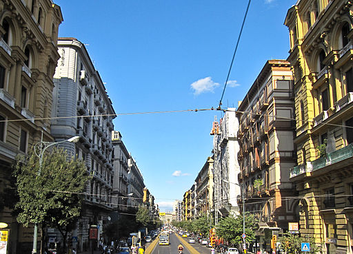 Napoli_-_Corso_Umberto_I